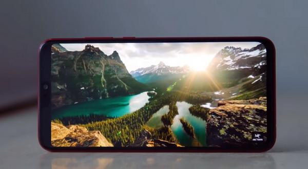 Картинка на экране Honor 8X